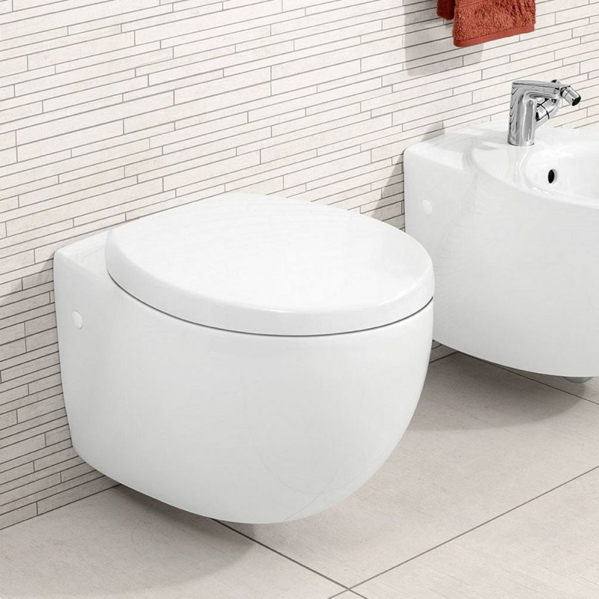 Villeroy & Boch Aveo New Generation Wall Hung Toilet