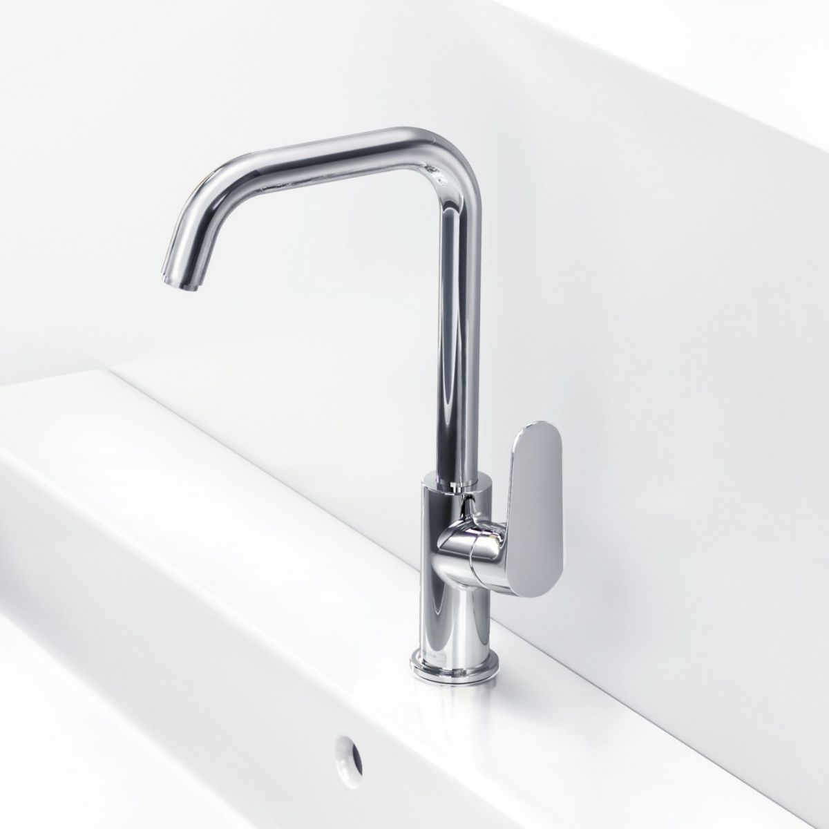 Fin Hansgrohe Focus 240 Swivel Spout Basin Mixer Tap | Bathrooms DX-02
