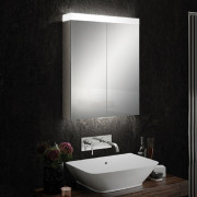 Timeless en-suite bathroom solutions