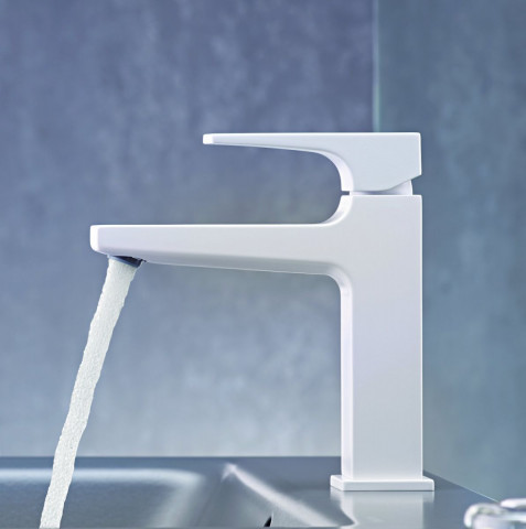 Hansgrohe Metropol Single Lever Basin Mixer 110 with push open waste in Matt White